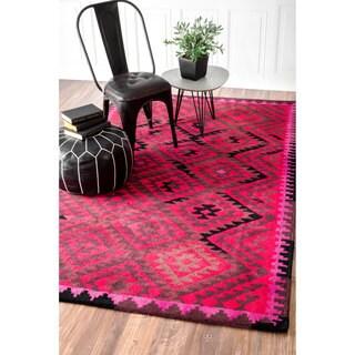 nuLOOM Handmade Tribal Wool Fancy Fuchsia Rug (7'6 x 9'6)