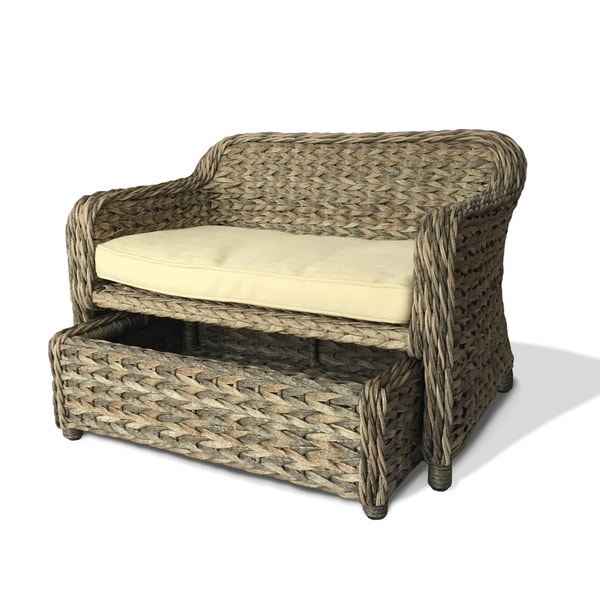 Royal Indoor/Outdoor Wicker Daybed