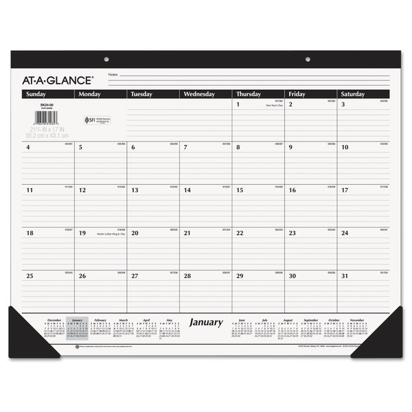 AT-A-GLANCE 2016 Classic Desk Pad