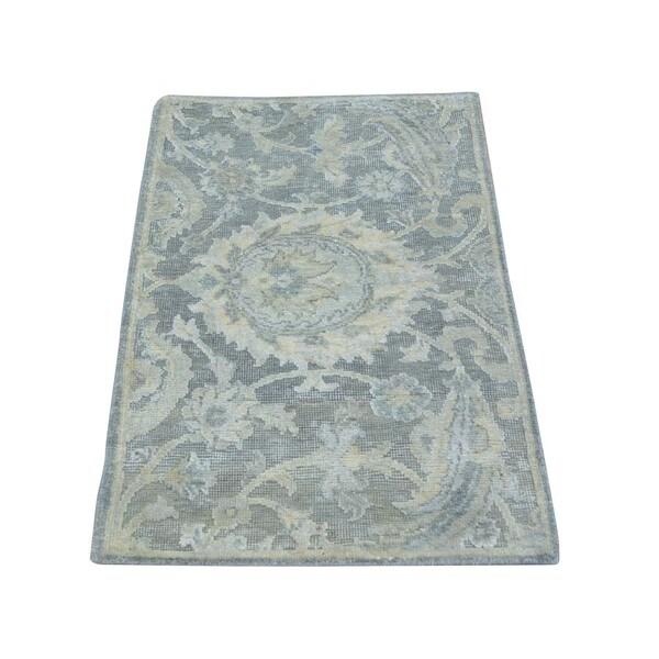 Handmade Bamboo Silk Oxidized Wool Sample Oriental Rug (2' x 3'2)