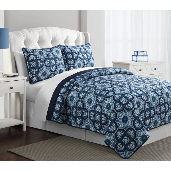 Carrie Quilt and Sham Set