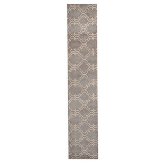 Herat Oriental Indo Hand-Tufted Tibetan Gray/ Ivory Wool Rug (2'3 x 11'7)
