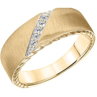 Cambridge 14k Yellow Gold Men's 1/10ct TDW Diamond Wedding Band (I-J, I1-I2)