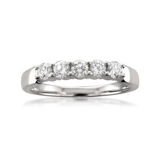 Montebello Platinum 1/2ct TDW Round-cut White Diamond Wedding Band (H-I, SI1-SI2)