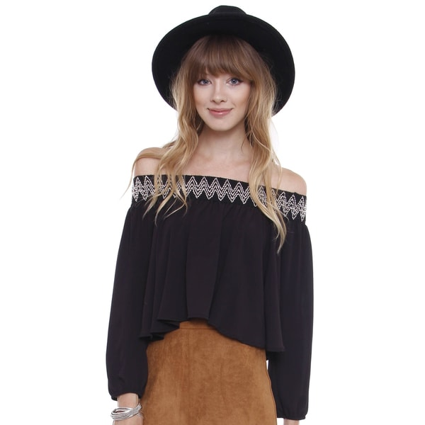 Beston Juniors' Boho Black Off The Shoulder Blouse\