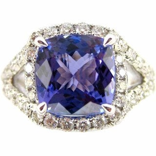 Kabella 18k White Gold Cushion-cut Tanzanite and 4/5ct TDW Diamond Ring (G-H, SI2-SI3) (Size 6.75)