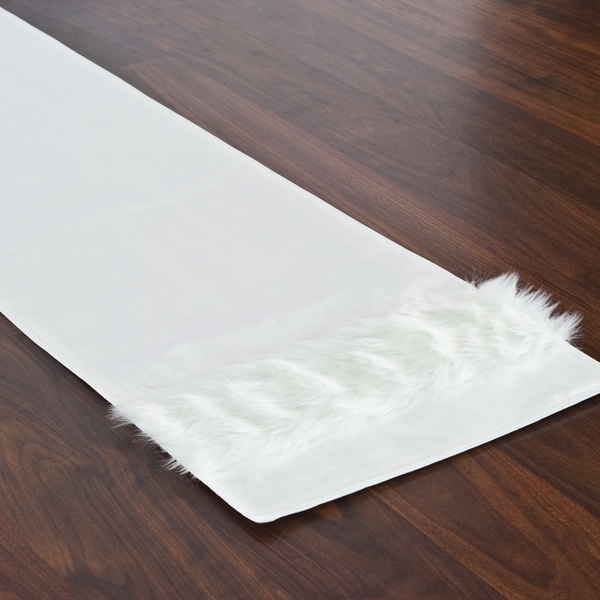 Magnum White Fur-trimmed Throw