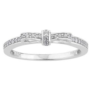 10k White Gold 1/6ct TDW Diamond Ribbon Band Promise Ring (H-I, I1-I2)