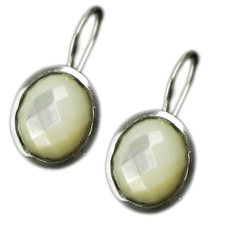 Handmade Sterling Silver Mother of Pearl Earrings (India)