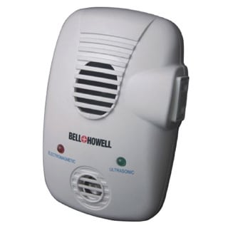 Bell and Howell Ultrasonic Electromagnetic Pest Repeller with Extra Auxiliary Outlet