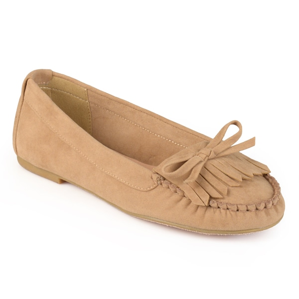 Journee Collection Women's 'Pine' Fringed Bow Slip-on Loafers