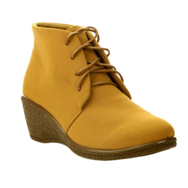 CAPE ROBBIN NATASHA-WY-3 Women's Treaded Sole Lace Up Combat Ankle Booties