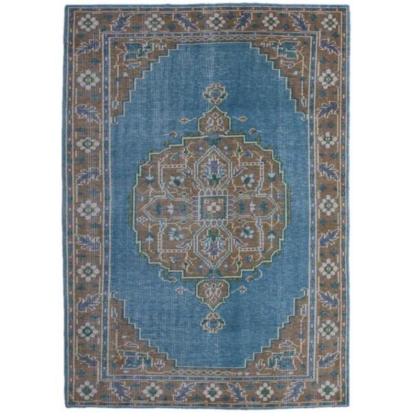 Brio BRO 3 Blue Camel Colored Rug (5' x 8')