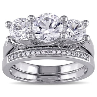 Miadora Signature Collection 10k White Gold Created White Sapphire and 1/10ct TDW Diamond Bridal Ring Set (G-H, I2-I3)