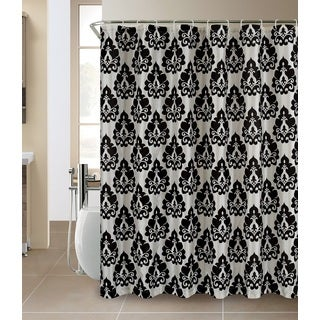 Race car printed shower curtain 14321736 overstock for Race car shower curtain