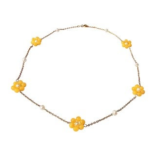Yellow Jade and Freshwater Pearl Daisy Necklace