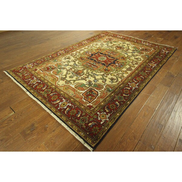 Serapi Vibrance Collection Oriental Heriz Ivory Hand-knotted Wool Area Rug (6' x 9') 16034694