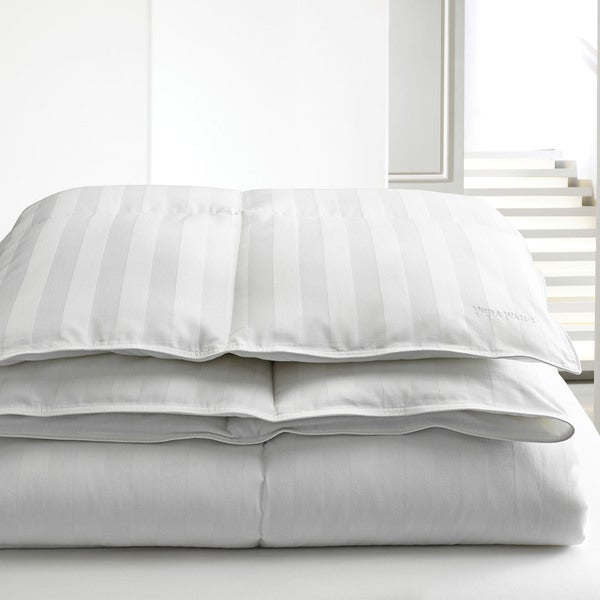 Vera Wang 400 Thread Count Down Alternative Comforter