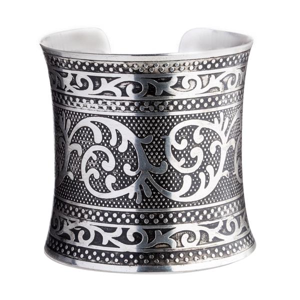 Anaya Handmade Embossed Silverplated Brass Cuff (India)