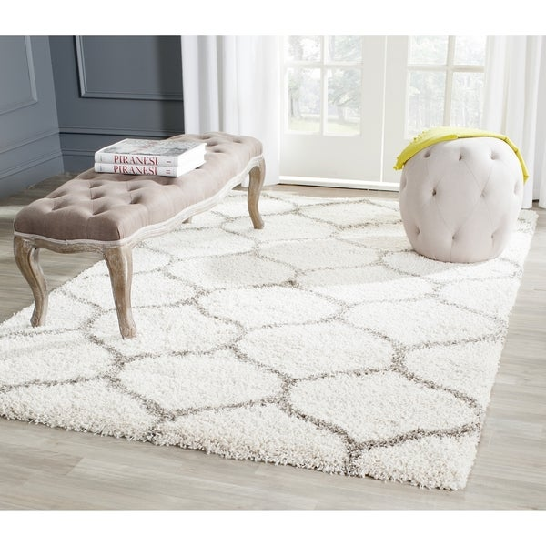 Safavieh Hudson Ogee Shag Ivory Background And Grey Rug