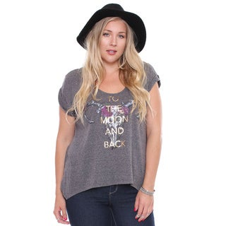 Juniors' Plus Size 'To The Moon and Back' Grey Graphic Tee
