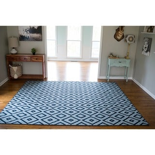 Mohawk Home Woodbridge Shima Blue Area Rug (7'6 x 10')
