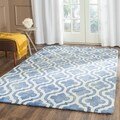 Safavieh Handmade Dip Dye Blue/ Ivory Wool Rug (6' x 9')