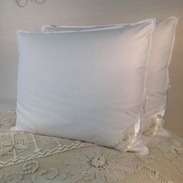 Hungarian Goose Down and Feather Egyptian Cotton Queen Size Pillow