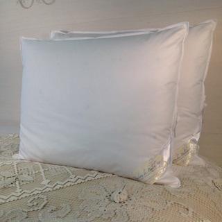 Pandora De Balthazar Hungarian Goose Down and Feather Egyptian Cotton Queen Size Pillow