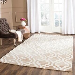 Safavieh Handmade Dip Dye Beige/ Ivory Wool Rug (5' x 8')
