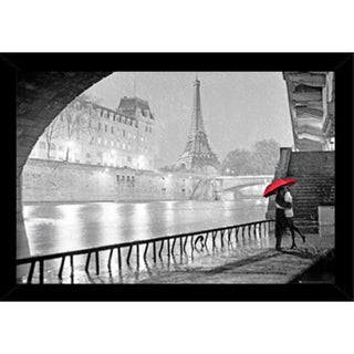 Eiffel Tower Kiss Poster (24-inch x 36-inch) with Contemporary Poster Frame