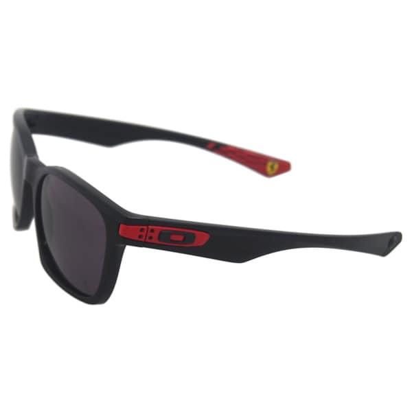 Oakley Scuderia Ferrari Garage Rock OO9175-34 - Polished Black/Warm Gray