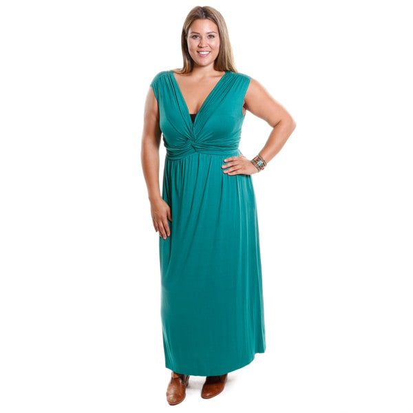 Hadari Women's Plus Size V-Neck Sleeveless Dress