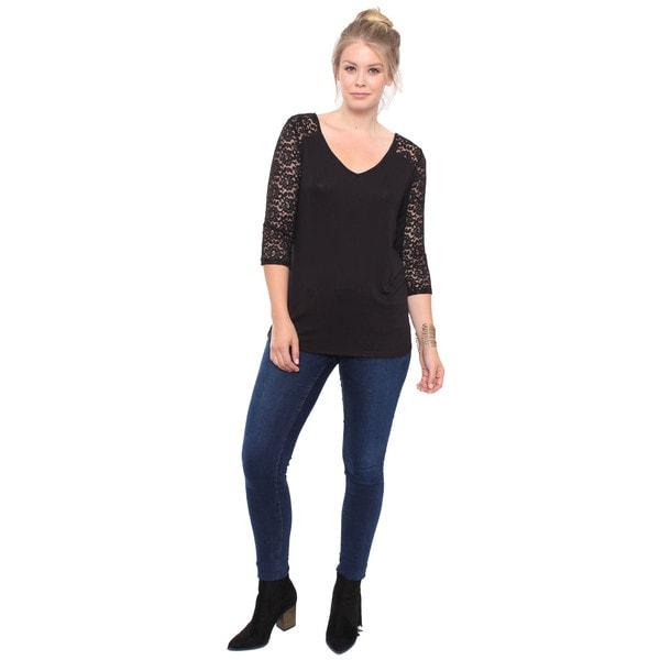 Women's Plus Size Black Lace V-Neck Top