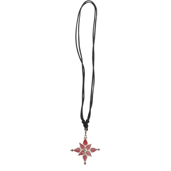 Nepal Turqoise Coral Flower Pendant Necklace (Nepal)