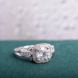 Miadora Signature Collection 14k White Gold 1 1/4ct TDW Vintage Diamond Ring (G-H,I1-I2)