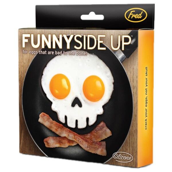 Fred & Friends Skull-Shape Egg Frame