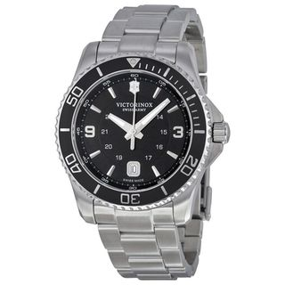 Victorinox Swiss Army Men's 241697 'Maverick' Stainless Steel Watch