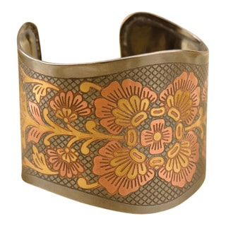 Handmade Flower Two-Tone Brass Cuff (India)
