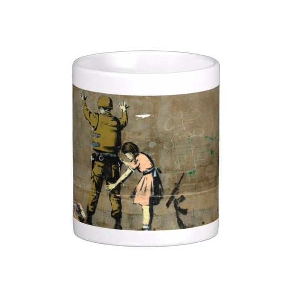 'Girl And Soldier' Bethlehem Banksy Art Coffee Mug