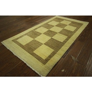 Kashkuli Oriental Checkered Ivory Gabbeh Hand-knotted Wool Area Rug (3' x 6')
