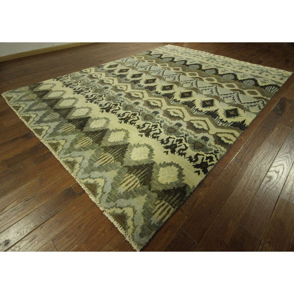50 Shades of Green Modern Collection Ikat Hand-knotted Wool Area Rug (9' x 12')