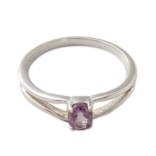 Handcrafted Sterling Silver 'Lilac Solitaire' Amethyst Ring (India)
