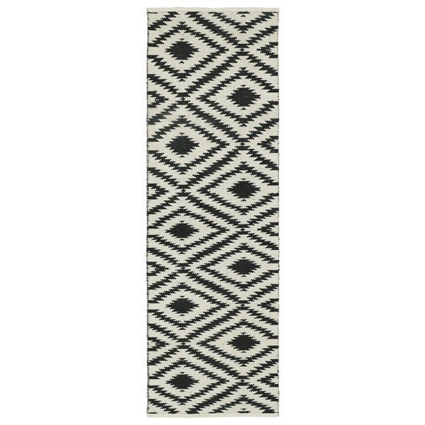 Indoor/Outdoor Laguna Ivory and Black Ikat Flat-Weave Rug (2'0 x 6'0)