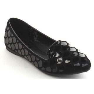 Black Swan Jasmine Women's Embossing Pointed Toe Comfort Flats