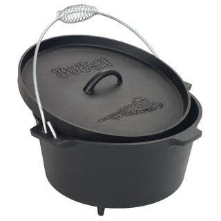 Bayou Classic Cast Iron 8.5 Quart Dutch Oven with Feet