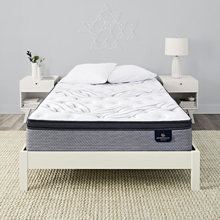 Serta Perfect Sleeper 13.75-inch Kleinmon II Pillow Top Plush Innerspring Mattress Set