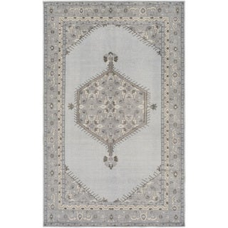 Hand-Knotted Loddon Border Wool Rug (5'6 x 8'6)