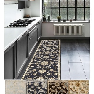 Hand-Tufted Wigton Floral Wool Rug (2'6 x 8')