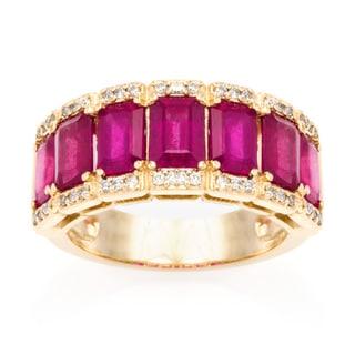 EFFY Final Call 14k Yellow Gold 1/5ct TDW Diamond and Glass-filled Ruby Band (D-E, VVS1-VVS2) (Size 7)